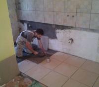 lepljenje plocica u kuhinji 18