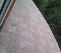 Lepljene plocica na balkon
